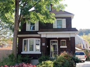 272 Stinson Crescent Hamilton, Ontario