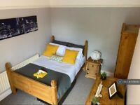 1 bedroom in Market Street, Newton Le Willows, WA12 (#1139542)