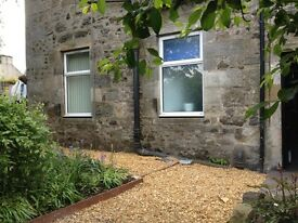 Strathaven, 1 Bedroom, Lovely period Ground floor Garden Flat,
