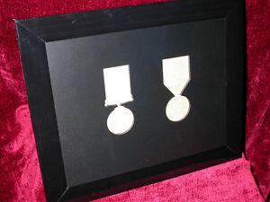 WW1-Medal-Frame-British-War-Victory-Medals-Pair-Impressed-Aperture