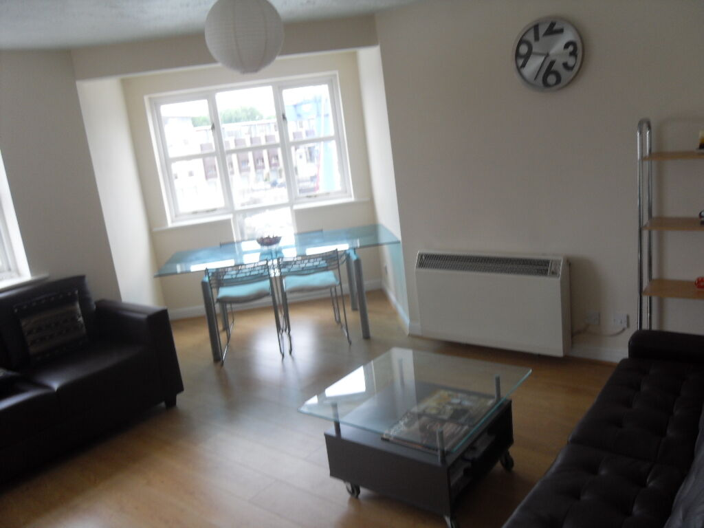 Amazing 2 Bed 2 Bath In Windsock Close, River Views