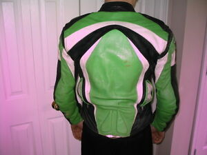 Kids Leather Motorcycle Jacket Teknic Kitchener / Waterloo Kitchener Area image 4