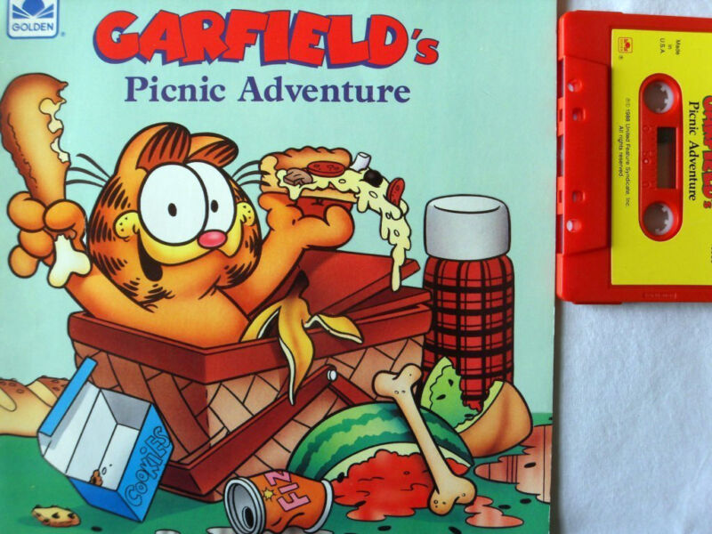 GARFIELD'S PICNIC ADVENTURE 13959 Golden Read Along Book & Cassette Tape