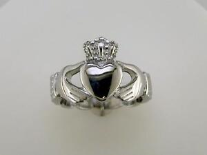 Mens-Braided-Band-Claddagh-Ring-Stainless-Steel
