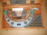 NEW never used Mitutoyo metric outside micrometer 150mm - 300mm
