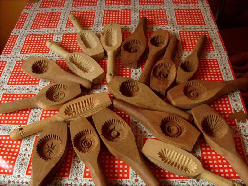 verschiedene kuchenformer aus buchenholz in bremen bremerhaven ebay kleinanzeigen. Black Bedroom Furniture Sets. Home Design Ideas