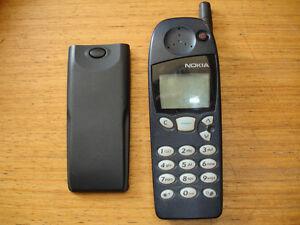 NOKIA 5110 MOBILE PHONE UNLOCKED LOVELY RETRO PHONE, GRADE B & MAINS PLUG