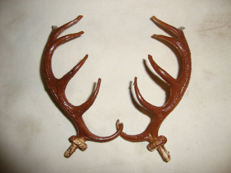STAG ANTLERS FOR CUCKOO CLOCKS  NEW CLOCK PARTS #B