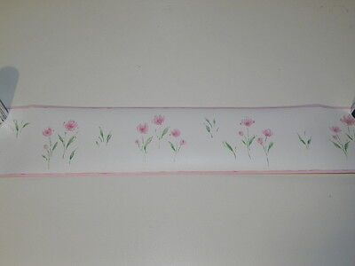 Wallpaper Border Norwall White With Pink Edge. Simple Flower Pattern In Pink