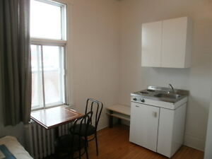 Location de chambres Montreal / Room Rental (pas une colocation) City of Montréal Greater Montréal image 2