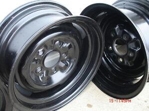 Chev / Pontiac 14x5 steel wheels London Ontario image 3