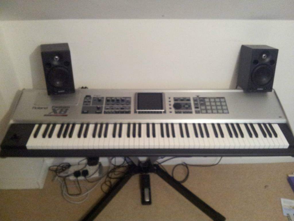 roland fantom x8 workstation keyboard inc v stand flight case studio monitors in. Black Bedroom Furniture Sets. Home Design Ideas