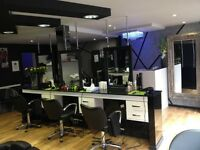 Hairdressers, stylist required (Richmond)(london)