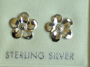 New-Boxed-Ladies-Sterling-Silver-Flower-Studs-Earrings-10mm-925-Hallmarked