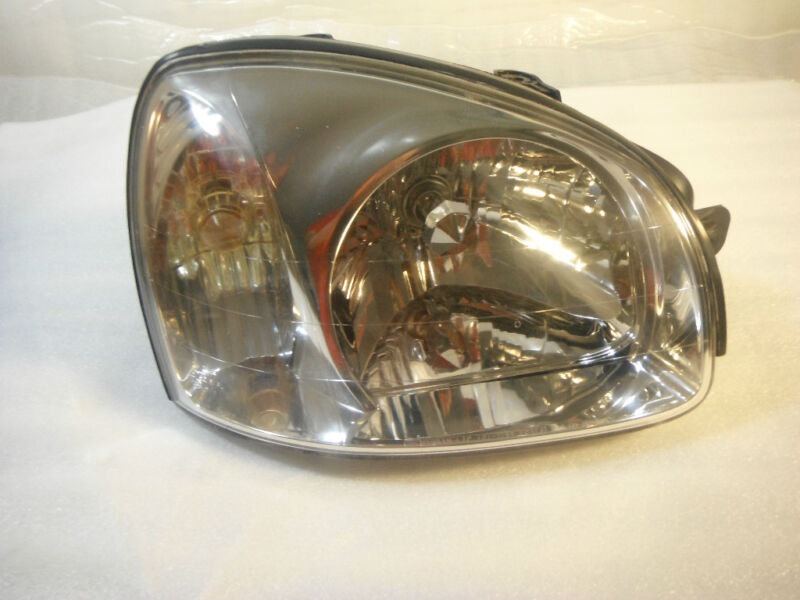 HYUNDAI SANTA FE RIGHT  Halogen Headlight Lamp 2001 2002 2003 PASSENGER SIDE