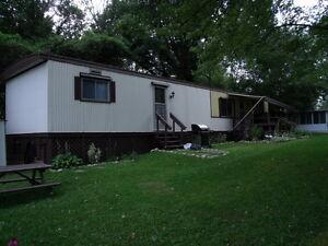 64 ft. x 14ft Bendix mobile home for sale $ 14500.00 Kitchener / Waterloo Kitchener Area image 2
