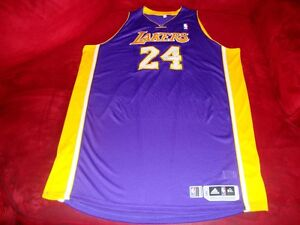 Kobe-Bryant-Lakers-2010-11-Game-Issued-Signed-6XL-Road-Jersey