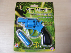 SMALL-BLUE-METAL-TOY-CAP-GUN-TAKES-THE-8-SHOT-RED-PLASTIC-RING-CAPS