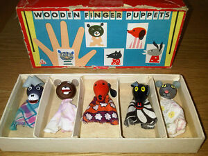 Vintage-Wooden-Retro-Finger-Puppets-x-5-Boxed