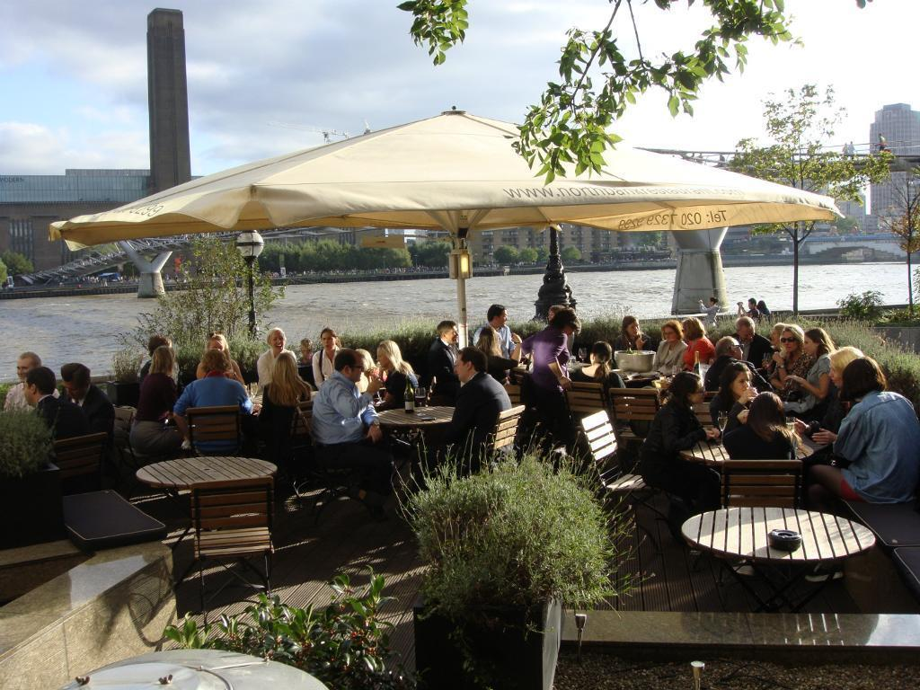 Waitresses required for Full time work in Restaurant on the river at St Paul's. £28,000 per year