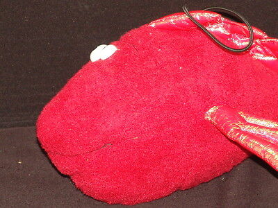 New Ripleys Believe It Or Not Cargo Hold Crazy Sparkle Fish Red Stuffed Plush