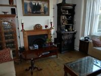 SUPERB SPACIOUS DOUBLE ROOM IN WONDERFUL VICTORIAN HOUSE