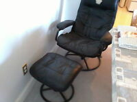 Comfortable black recliner with all-metal frame