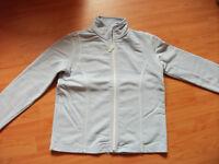 Shirt-Jacke Sweatjacke von Cecil hellblau Gr. M Niedersachsen - Cappeln (Oldenburg) Vorschau