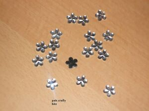 Approx-50-Acrylic-Flower-Flat-Back-Gems-1cm-Various-Colours