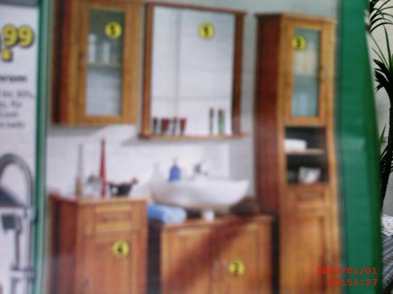 t r f r hochschrank riva in saarland schwalbach badezimmer ausstattung und m bel ebay. Black Bedroom Furniture Sets. Home Design Ideas