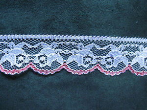 HUGE-TRIM-LACE-1-1-4-WHITE-RED-CRAFT-LOT-1012