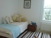 Lovely room in Fulham/Parsons Green SW6 for non smoker. ALL BILLS INCLUDED.