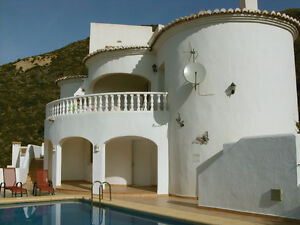 Luxury-Holiday-Villa-With-Private-Pool-Jalon-Spain