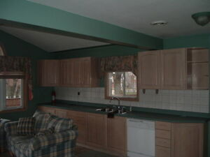 Perfect for Students - 5 Bedroom House at 91 Noecker Street! Kitchener / Waterloo Kitchener Area image 2