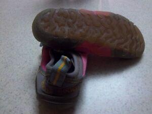Girls Root Water Shoes Oakville / Halton Region Toronto (GTA) image 2