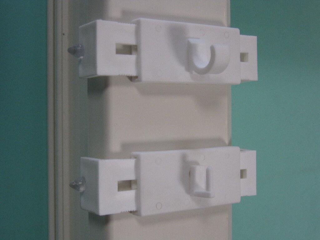 gardinenhaken halter f r bistro scheibengardinenstange. Black Bedroom Furniture Sets. Home Design Ideas
