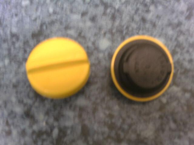 VAUXHALL Calibra 2.5  NEW Oil Filler Cap