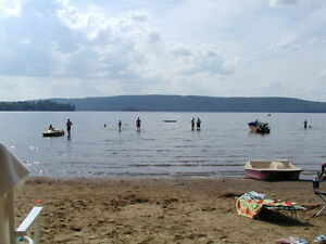 Kids Cottage Resort Shallow Beach, Water Trampoline & 6 boats