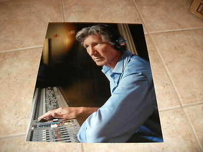 Roger Waters Pink Floyd  HUGE 16x20 Color Photo