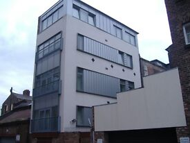 Henry Street, city centre L1 - one bed second floor furnished flat in a nice quiet block