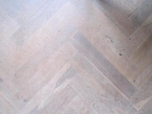 Antiek Visgraat Parket : Verouderde visgraat parket vloer dubbel gerookt en naturel