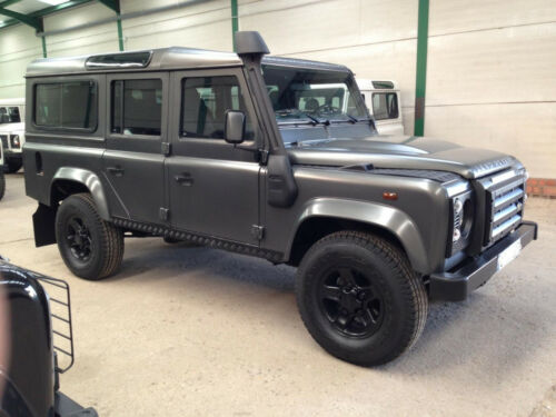land rover defender d 39 occasion de 2011 73 000 km 26 500. Black Bedroom Furniture Sets. Home Design Ideas