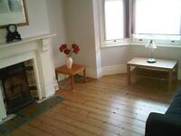 Attractive one double bedroom flat just one minute's walk to Clapham Common with garden and cellar
