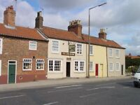 Fox and Hounds, Tadcaster, Single Manager Required