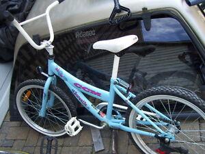 Girl's bike West Island Greater Montréal image 1