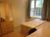 N16 LARGE 3 DOUBLE BED FLAT, GARDEN, NEXT TO CLISSOLD PARK