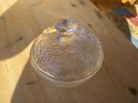 Glasschale mit Deckel Durchmesser ca.13 cm. Höhe ca. 12,5 cm Bayern - Regensburg Vorschau