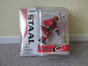 ERIC STAAL NHL SERIES 15