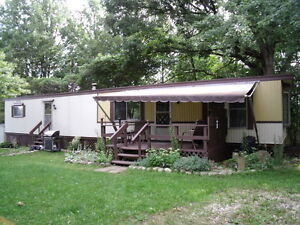64 ft. x 14ft Bendix mobile home for sale $ 14500.00