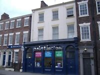 Duke Street L1 - Two bed furnished apartment in a nice quiet building